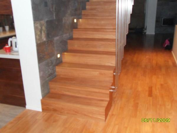 drewniane_podlogi_schody.jpg